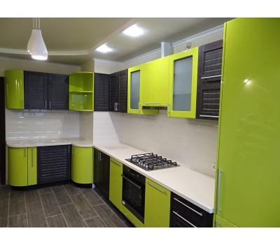 Кухня с фасадами МДФ Эмаль , размер 4870*1400 мм.