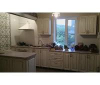 Кухня с фасадами МДФ Эмаль , размер 5750 мм.